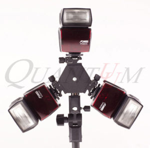 Quantuum BK-6 bracket for 3 speedlights