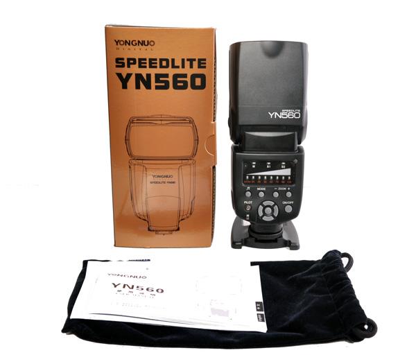 YN-560 unboxing