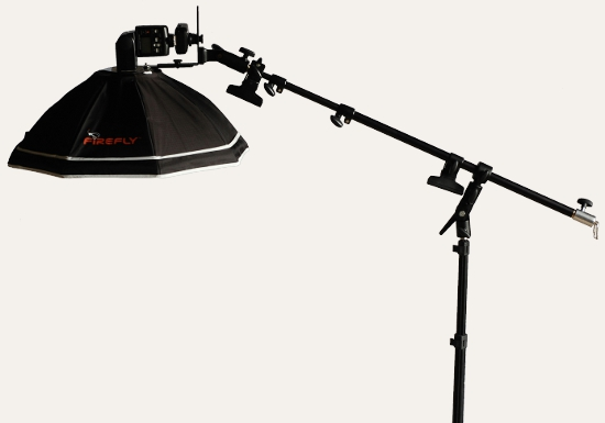 LumoPro LP621 holding an Aurora Firefly softbox