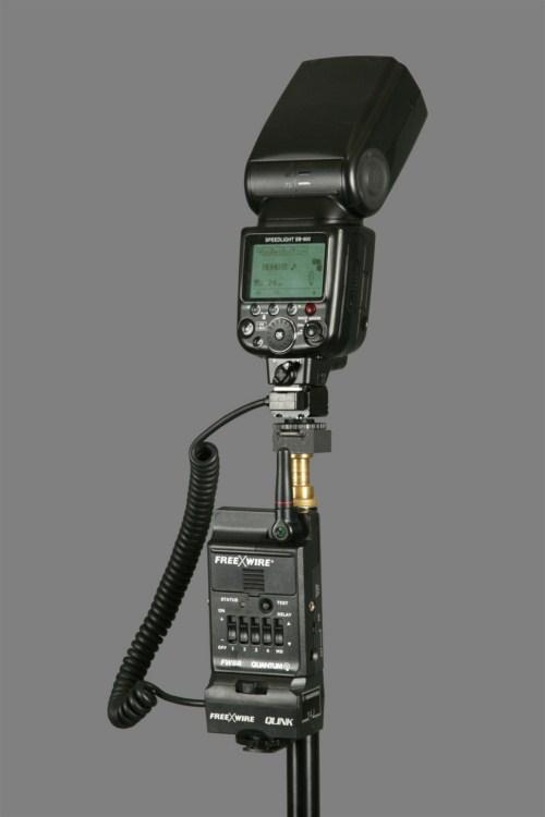 Quantum QLink connected to a Nikon SB-900