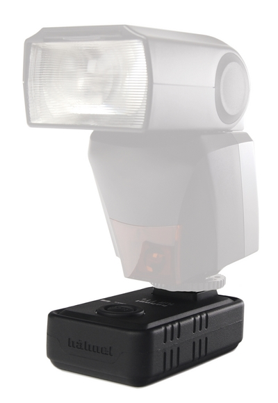 Hahnel Tuff TTL receiver with a speedlight