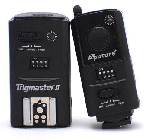 Aputure Trigmaster II transmitter and receiver