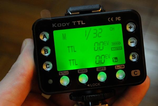 Control screen on the Dazzne Kody transmitter