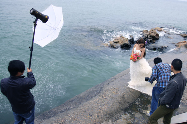 Nice N-Flash being used outdoors on location