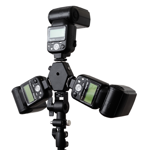 Cheetah Stand Tri-Speed TS-H120 with three speedlights mounted