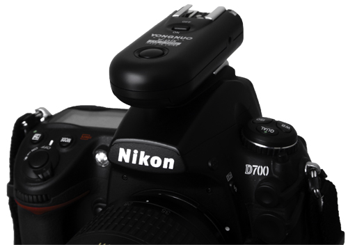 Yongnuo RF-603 mounted on Nikon D700
