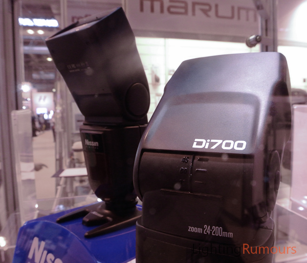 Nissin Di700 at Focus On Imaging 2013