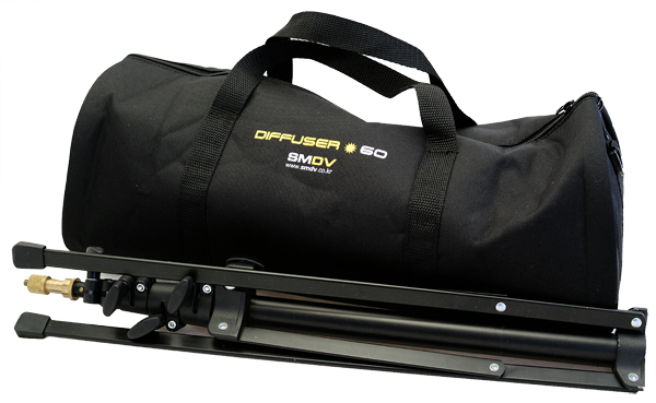 SMDV Diffuser-60 carrying case with Manfrotto 5001B light stand