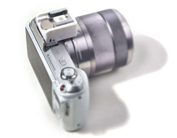 Allacax SMOR hotshoe adapter for Sony Alpha NEX