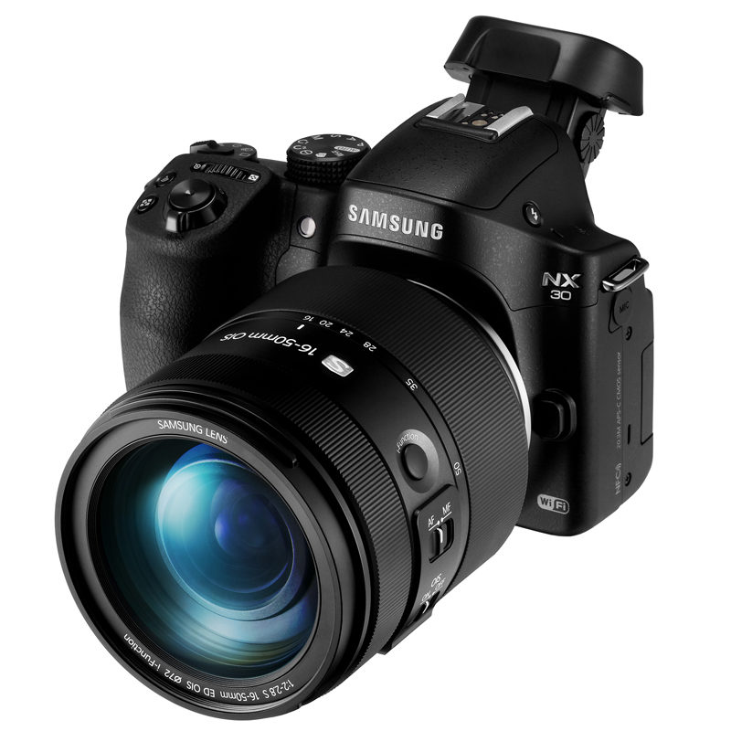 Samsung NX30 and 16-50mm lens