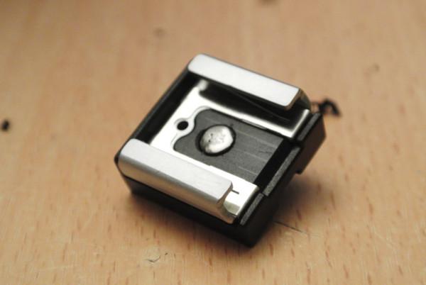 Nikon 1 Hotshoe Adapter