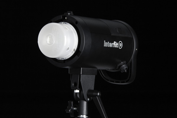 Interfit S1