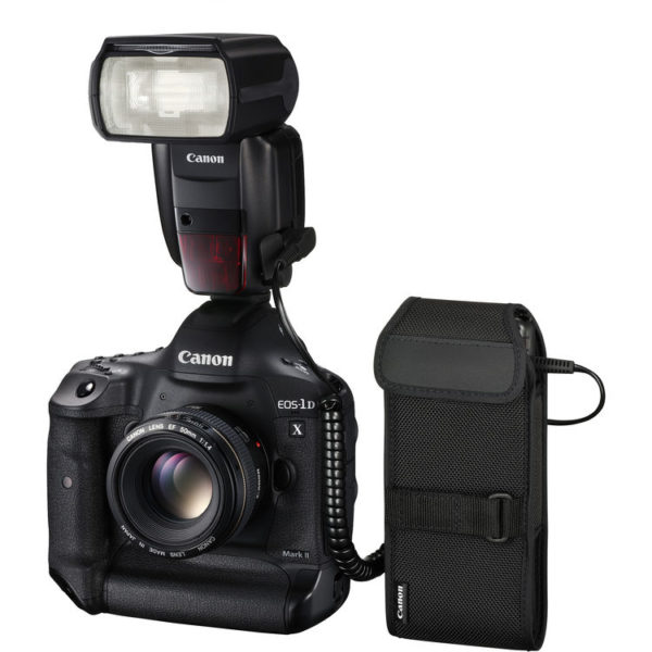 Canon Speedlite 600EX II-RT and Compact Battery Pack CP-E4N