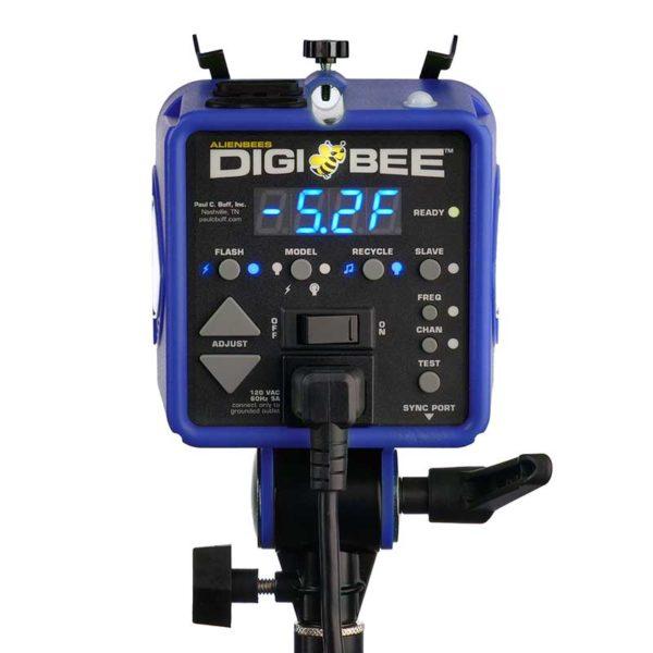 db8002
