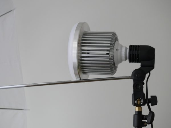 Andoer 135W LED bulb with umbrella